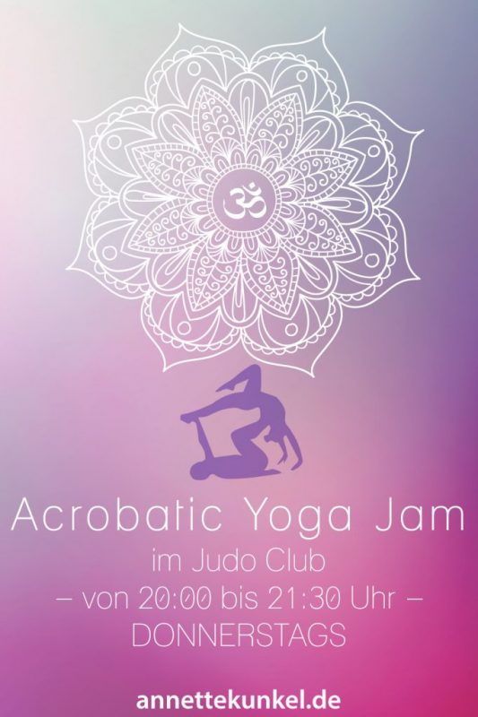 Acrobatic Yoga Jam in Bad Säckingen ab 10 Euro - direkt am Rhein - coole Acrobatic Yoga Jam Stunde.