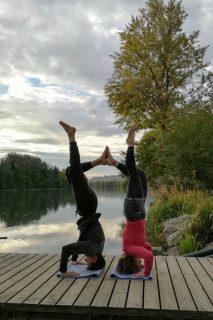 Acrobatic Yoga Headstand Pose in 79713 Bad Säckingen