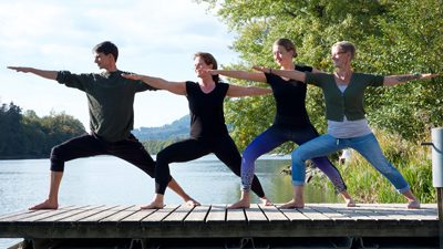 Acrobatic Yoga Warrior Group