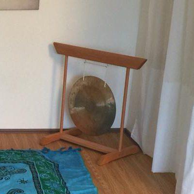 Meditation mit Annette Kunkel in Bad Säckingen, sie sehen einen echten Gong.