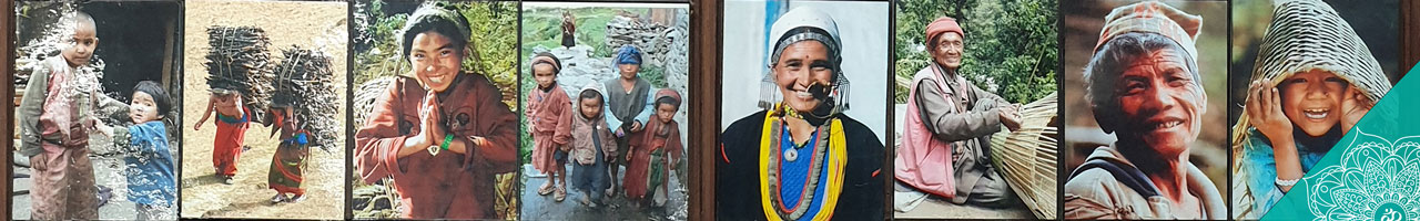 Collage - Originalfoto Fotografin Jutta. P. Flughafen Kathmandu COPYRIGHT © 2020 Annette Kunkel
